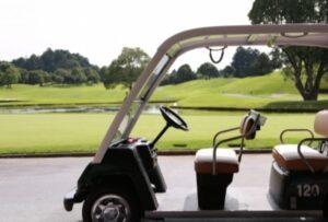 ゴルフ場のカート(イメージ)